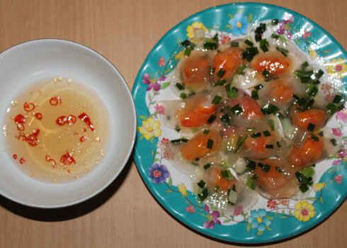 KinhNghiemDuLich.org  10 món ngon xứ Huế phổ biến ở Sài Gòn