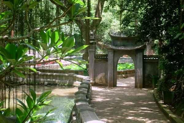 Giếng Ngọc ở đền vua Hùng