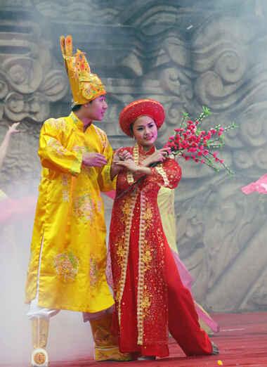 KinhNghiemDuLich.org  Nhon nhip Hoi go Dong Da