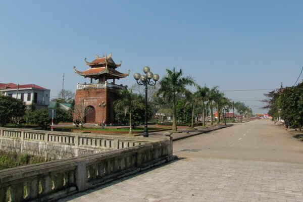 KinhNghiemDuLich.org  Ve tham Thanh co Quang Tri