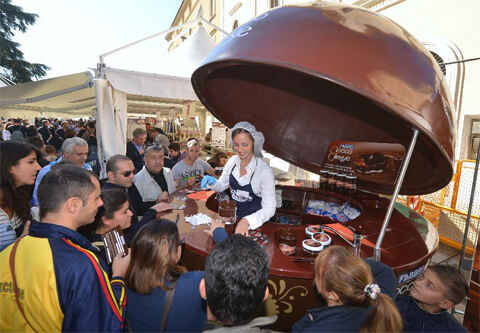 KinhNghiemDuLich.org  Eurochocolate Lễ hội chocolate lớn nhất Italy
