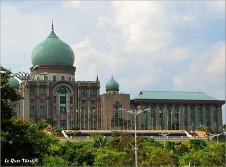 Những điều cần biết khi du lịch Malaysia