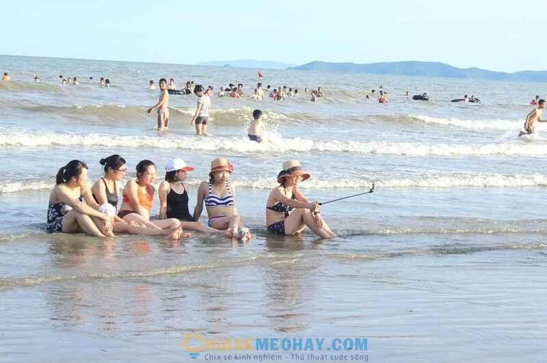 Kết quả hình ảnh cho mẹo đi du lịch biển luôn an toàn